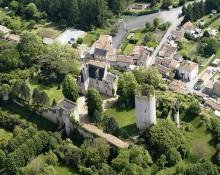 Château de Montreuil-Bonnin (Vienne)