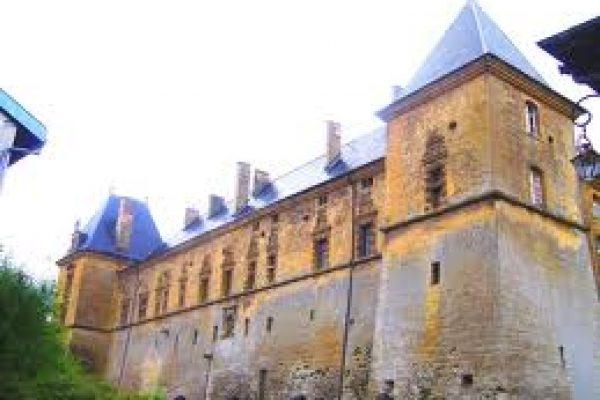 Château et Prieuré de Cons-la-Grandville