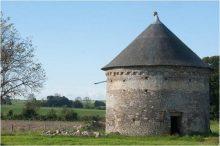 Pigeonnier du Prieuré du Mont Saint-Michel (Manche)